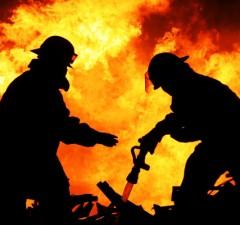 pompieri, incendiu